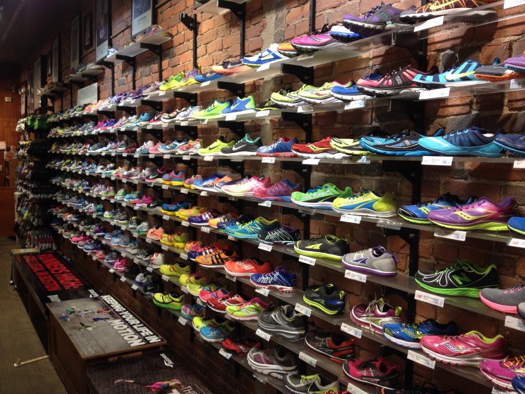 Особенности выбора кроссовок